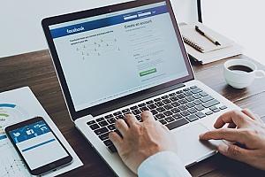 digital marketing agency using Facebook to perform social media marketing for insurance agencies